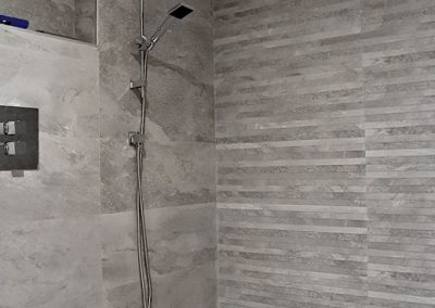 Grey Slate bathroom_1