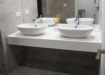 Grey bathroom_slate_Marbella