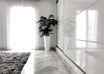 High gloss wardrobe polished floor Marbella bedroom Palm 2
